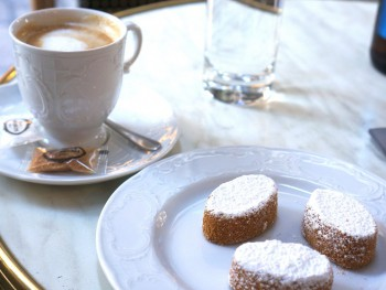 Paris: The Best Cafes and Patisseries
