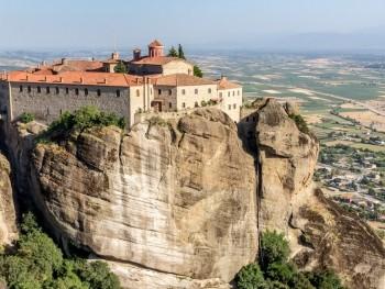 The Wonders of Mainland Greece: The Monasteries of Meteora